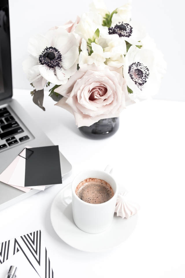 haute-stock-photography-muted-blush-black-workspace-final-13